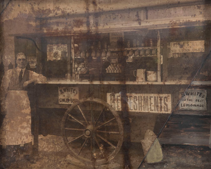 Syd's coffee stall in 1919, photograph.