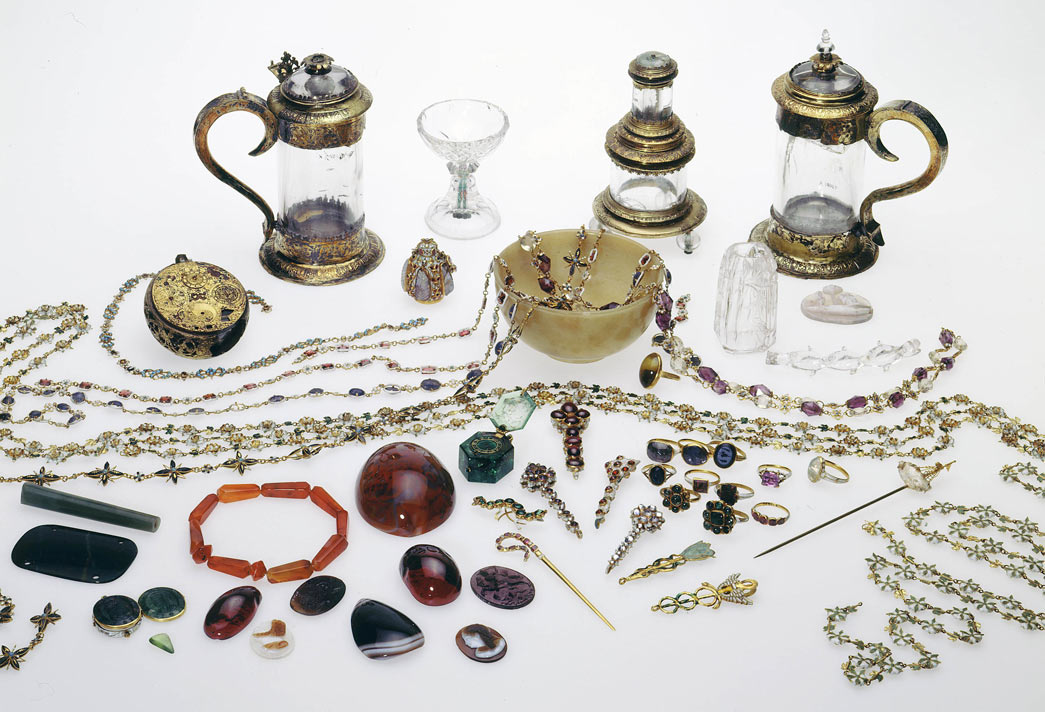 Selection of gemstones, jewellery and precious objects from the Cheapside hoard.