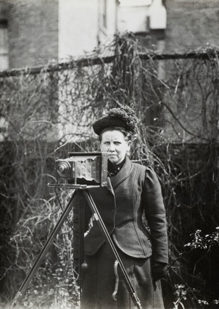 Pioneering press photographer Christina Broom.