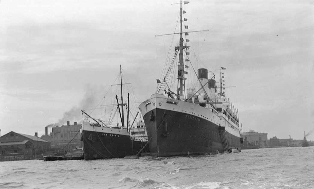 Miscellaneous Views: The Hamburg-Lloyd liner 'Monte Rosa' at the Greenwich Tier, on 8th September, 1934.