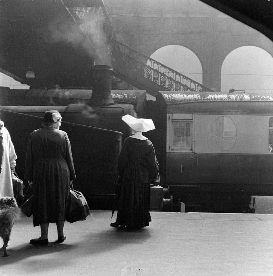 Kings Cross station, around 1955, photographed by Henry Grant.