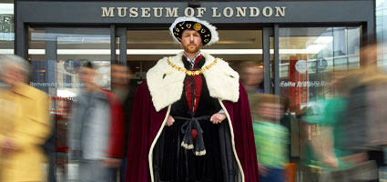 The Museum of London is a partner in the GLA's London Curriculum. Picturechase no 006852.