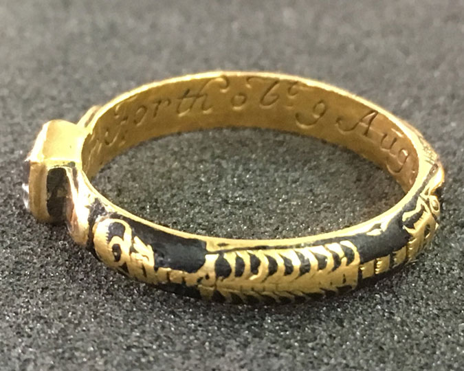 gold-ring-discover-image.jpg