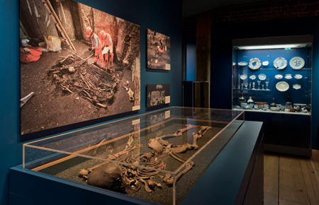 See the free Tunnel exhibition at the Museum of London Docklands.